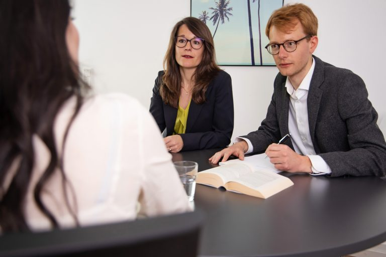 Anwalt Gesellschaftsrecht Düsseldorf - Anwaltskanzlei Hautumm